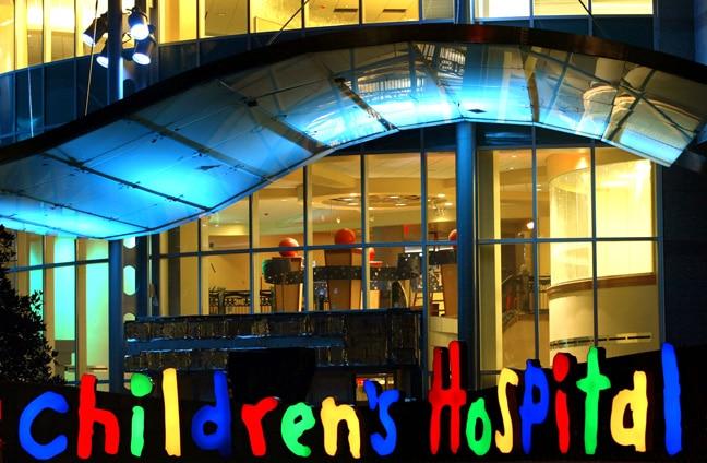 Vanderbilt Children's Hospital - Exterior Illuminated Letters: Children's Hospital