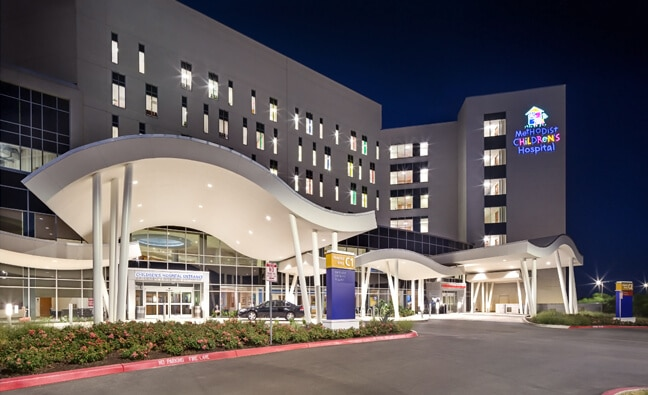 Methodist Children's Hospital San Antonio - Exterior Night